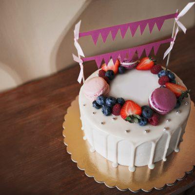 Children's birthday cake.